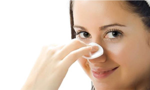 Natural and Effective Solutions to Get Rid of Blackheads