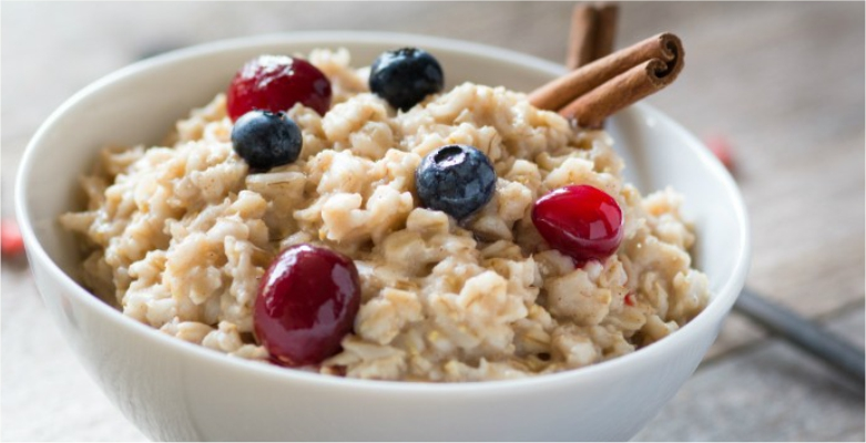 Oatmeal-to-Remove-Dead-Skin-Cells-from-Face