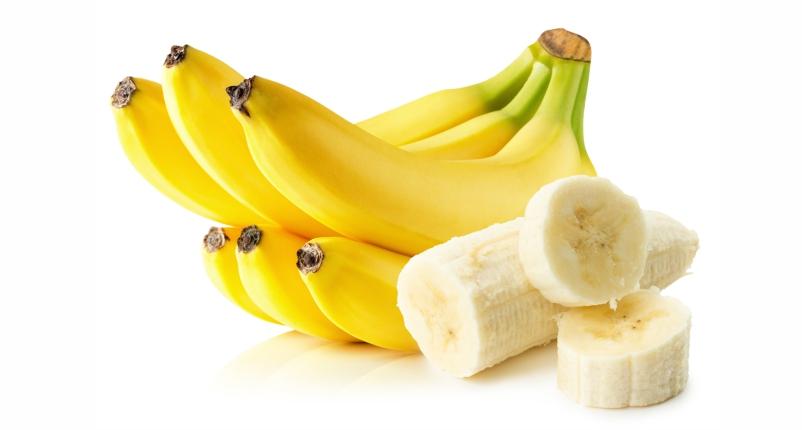 Eat-Banana-to-get-Rid-of-Peeling-Skin