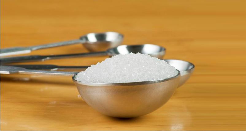 Unclog-the-Skin-Pores-Using-Sugar