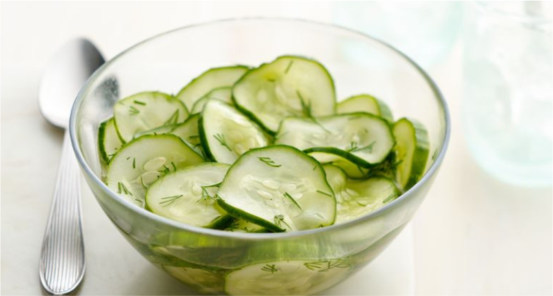 Add-Cucumber-to-Reduce-Pimple-Redness