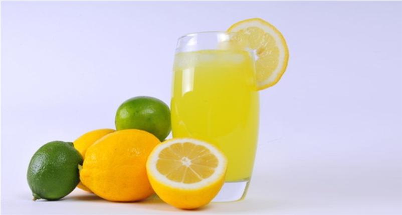 Use-Lemon-Juice-as-detox-to-Remove-Blackheads